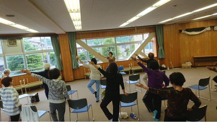 介護予防・生活習慣病予防の椅子ヨガ講座4