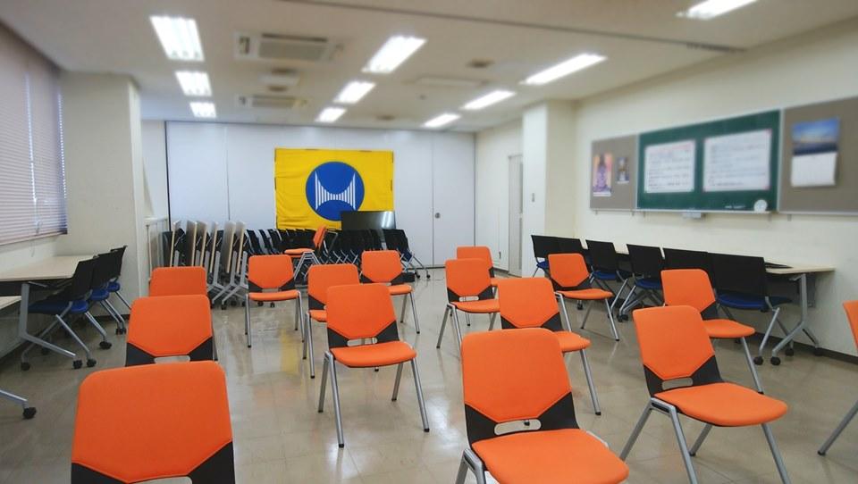 徳島県鳴門市 メンタルヘルス講習会で椅子ヨガ